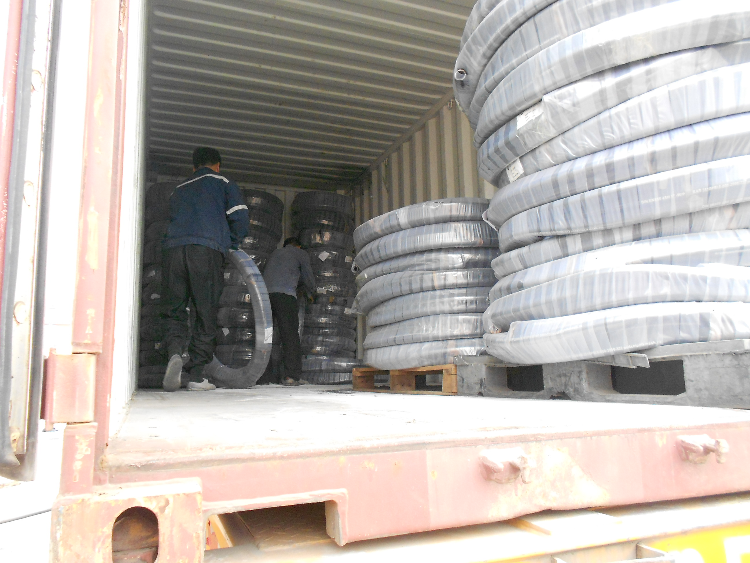 transportation of hydraulic hose